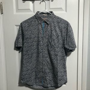Grey blue floral short sleeve button up